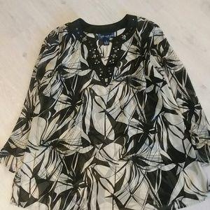 Susan Graver size 1X tunic